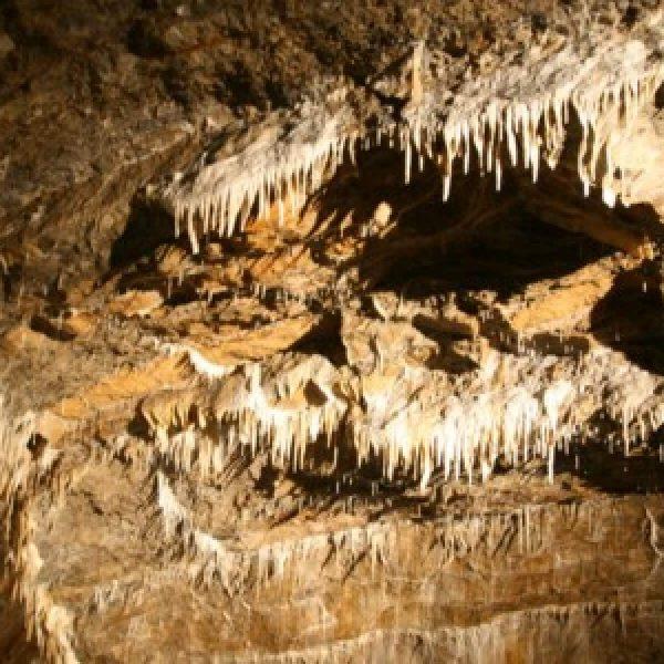 La grotte de Rochefort